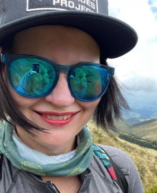 Becky Vinson: Service Gives Life